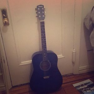 This guitar is good guitar can't use Bc of Space